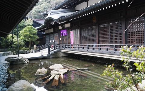 120407-063825_Japón